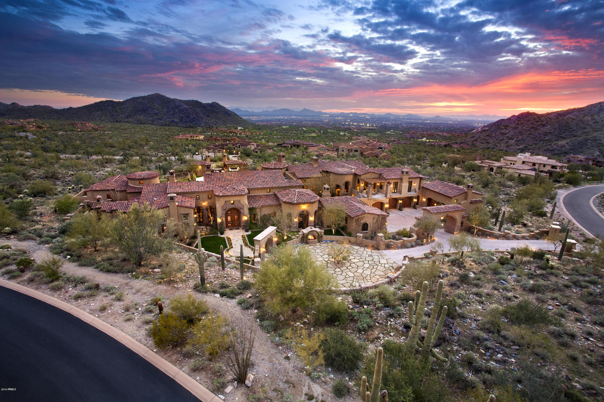 North Scottsdale Luxury Living Exploring Dc Ranch