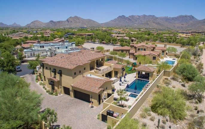 phoenix luxury real estate_NFL QB